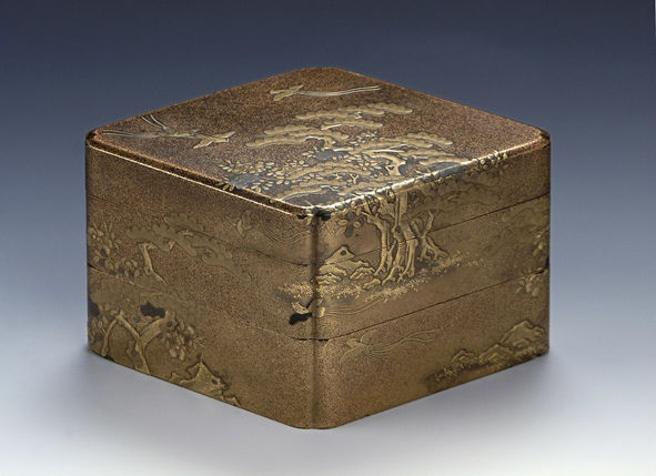 A two-tiered box and cover, late 17th/early 18th Century.