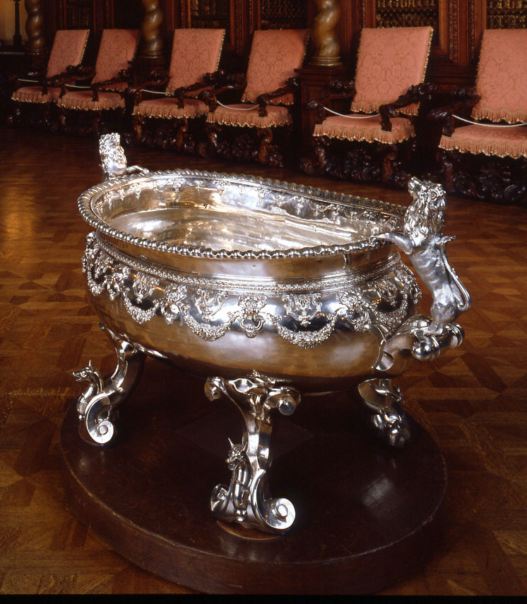 A Queen Anne massive oval wine cistern, Philip Rollos, circa 1710.