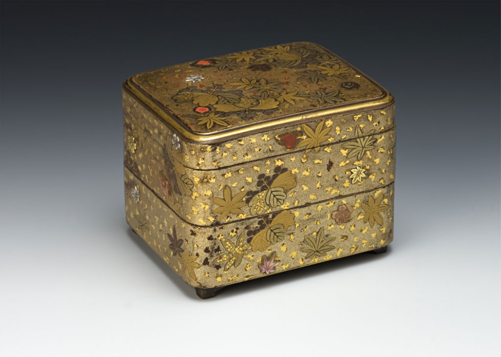 A two-tiered box for incense selection, late 17th/early 18th Century.