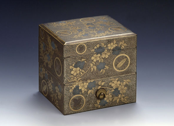 A two-tiered tooth-blackening box and cover, late 17th/mid18th Century.