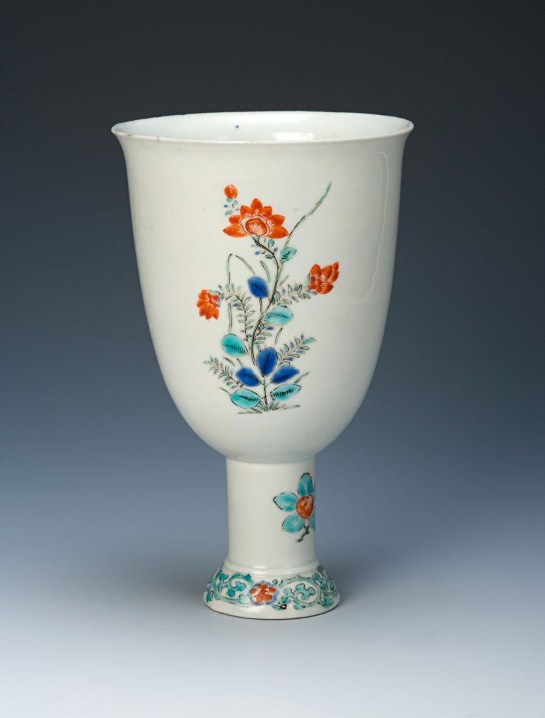 A large Japanese goblet, circa 1670-90.