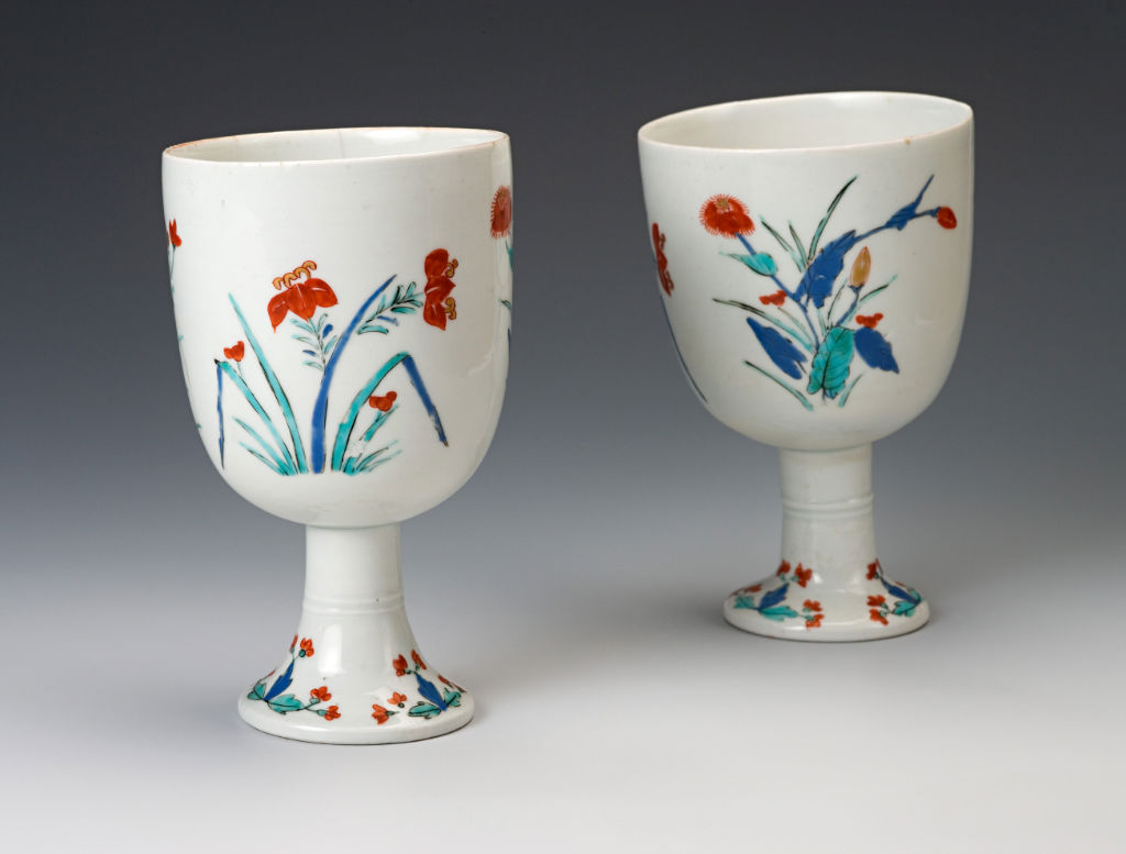A pair of Japanese goblets, circa 1670-90.