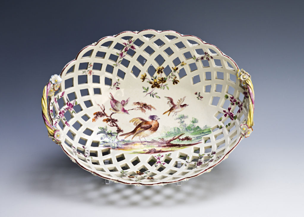 A pair of Derby oval baskets, circa 1760.