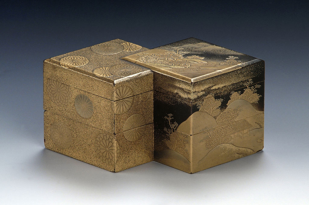A double lozenge-shaped box, late 17th/early 18th Century.