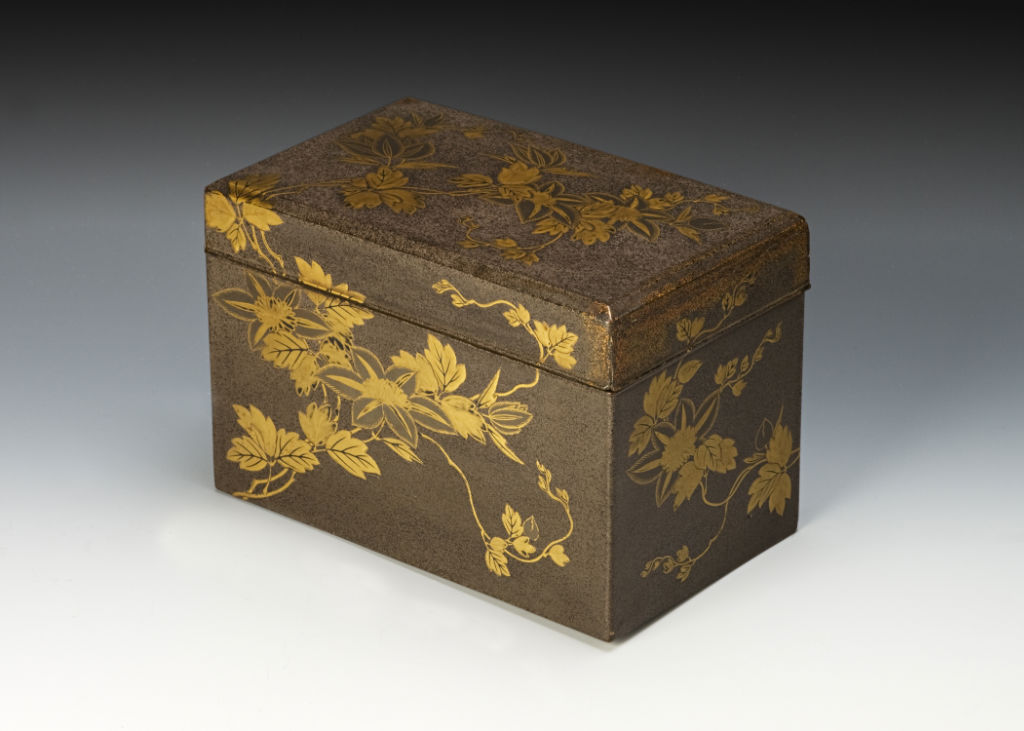 An incense utensil box, late 17th/mid 18th Century.