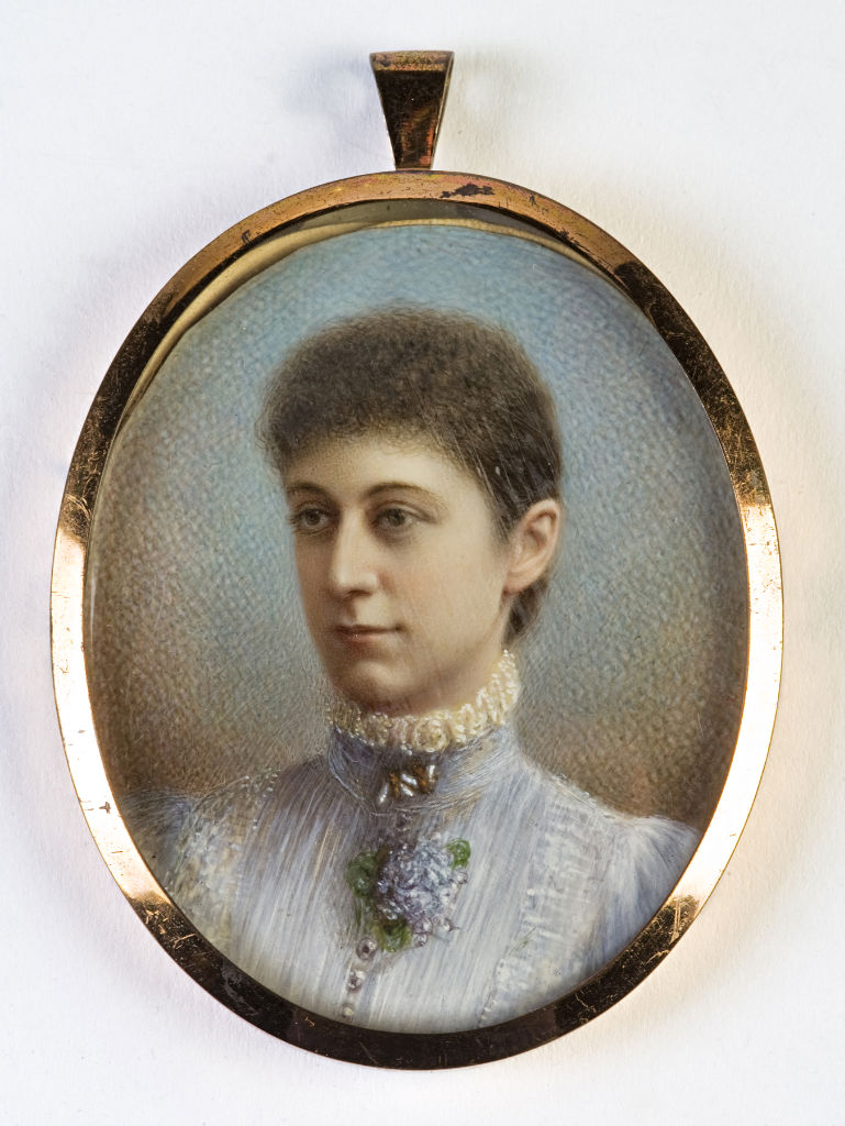 A tinted photograph of Lady Mary Hozier, nee Cecil.
