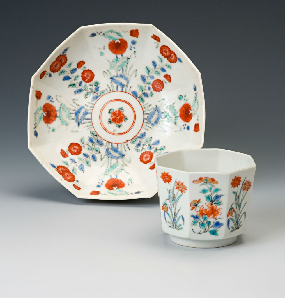 A set of eleven Japanese octagonal teabowls, late 17th Century and a set of nineteen Chelsea saucers, circa 1750/52.