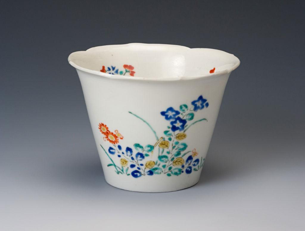 A rare, flared bucket-shaped beaker, Japanese, circa 1680.