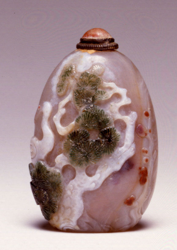 A quartz snuff bottle, 1800-1880.