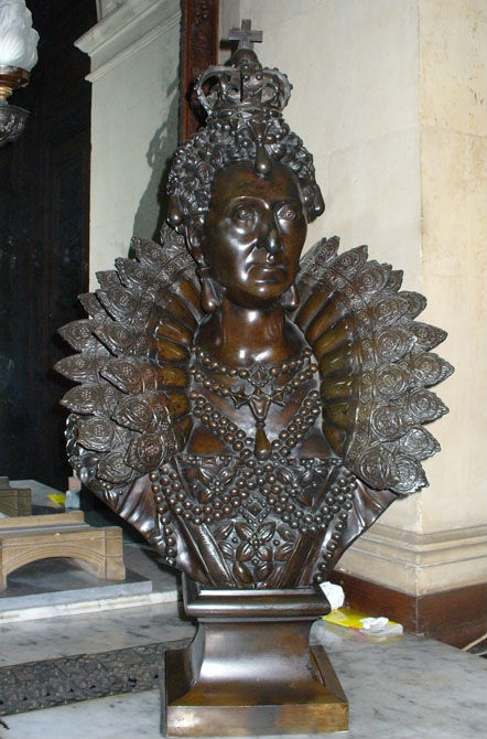 A bronze bust of Queen Elizabeth I, by Thomas Cooper, 19th Century.