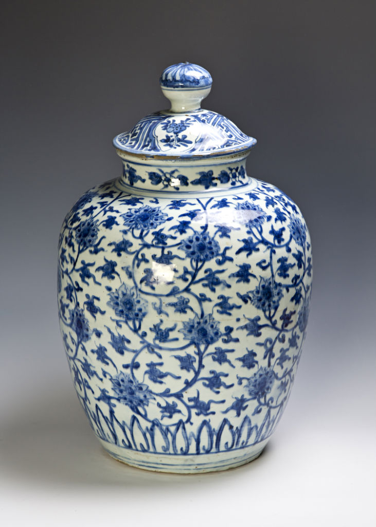A pair of large blue and white jars, late Ming.