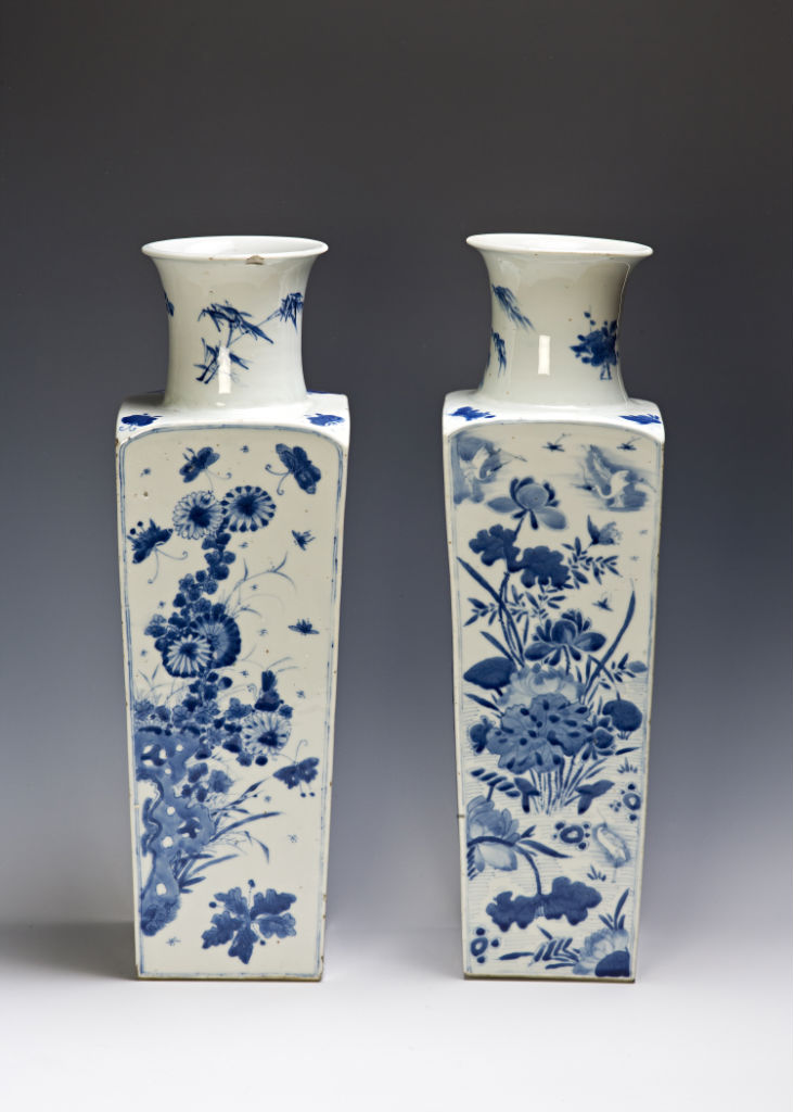 A pair of tall square vases, Kangxi, early 18th Century.