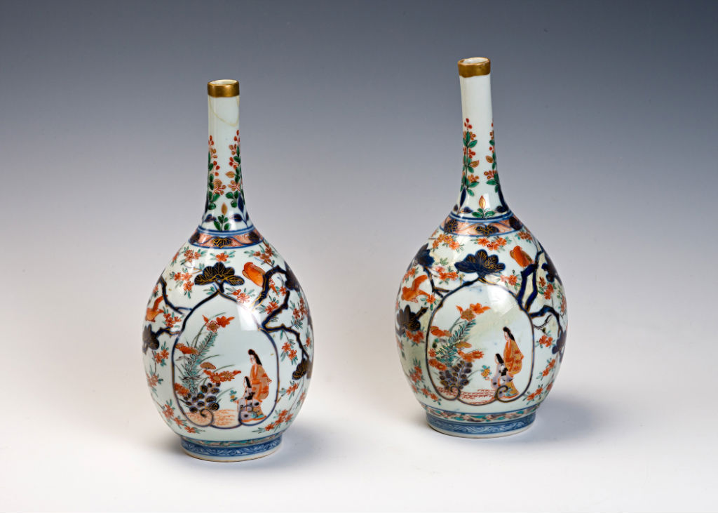 A pair of Japanese Imari bottles, early 18th Century.