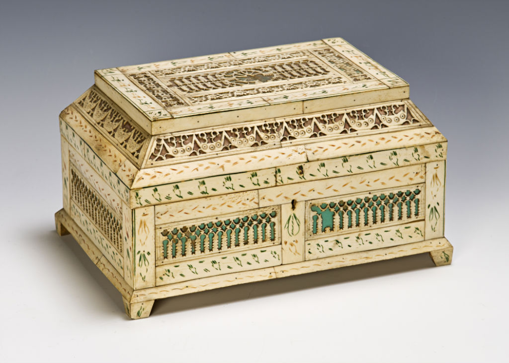 A Russian engraved bone casket, early 19th Century.