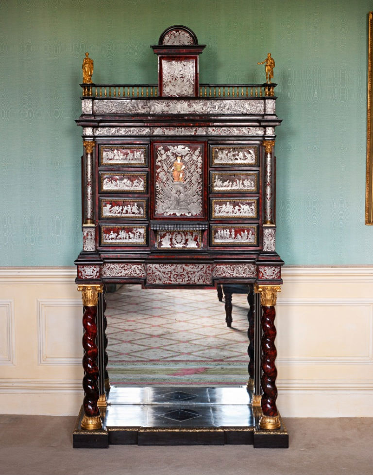 A Flemish boulle marquetry pewter-inlaid tortoiseshell cabinet-on-stand, early 18th Century.
