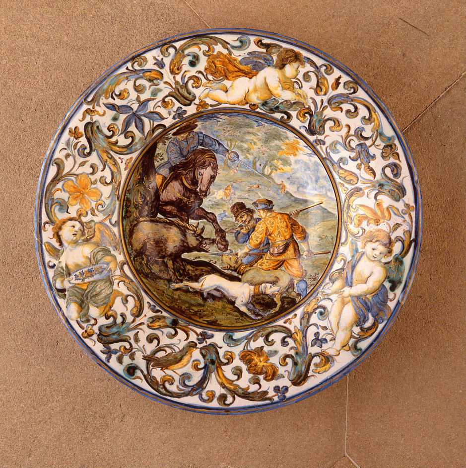 A Castelli maiolica dish, circa 1680-1700.