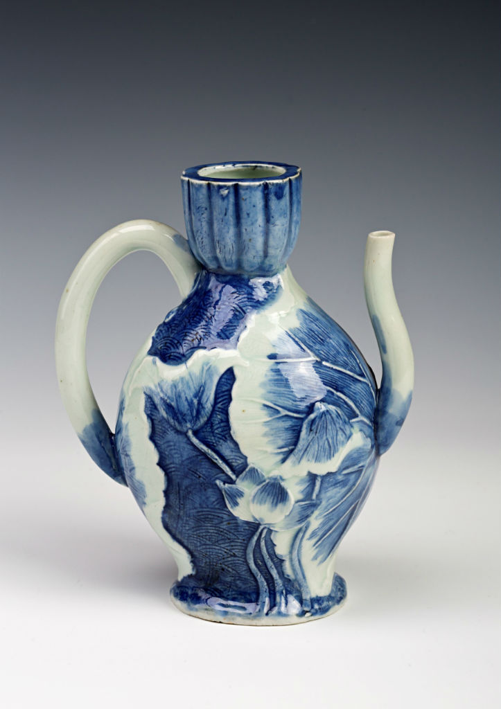 An Arita blue and white ewer, mid-late 17th Century.