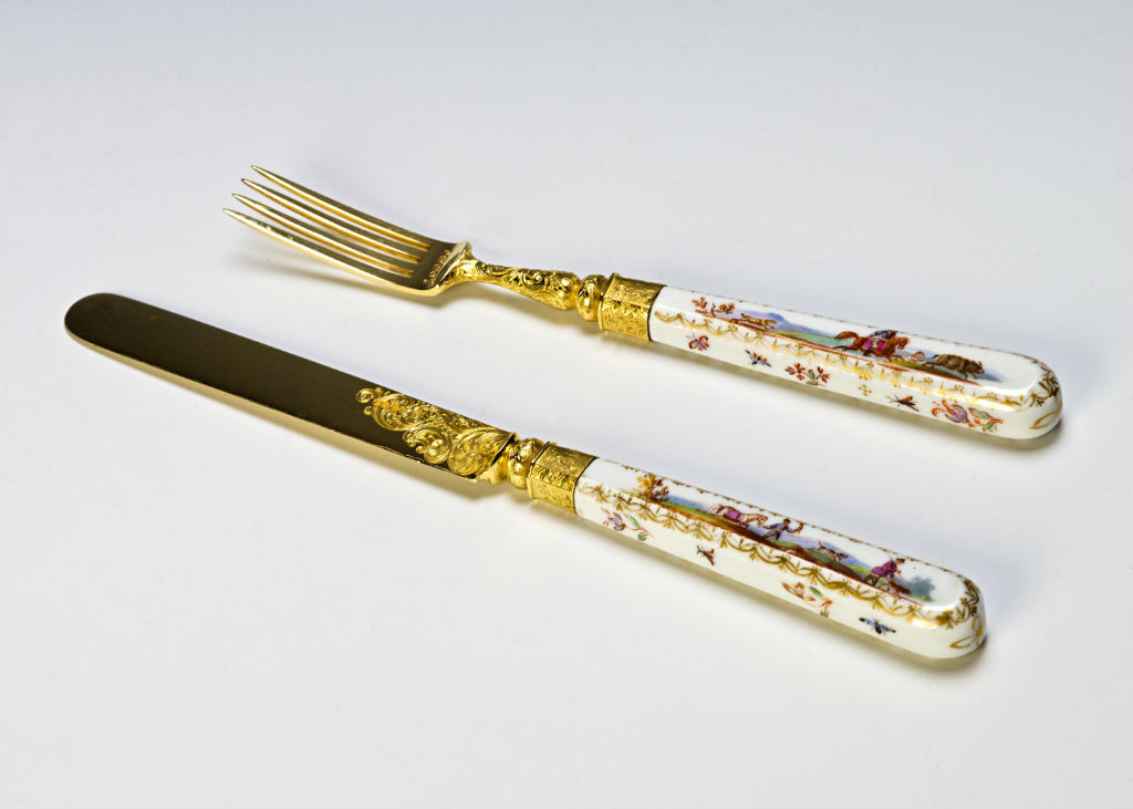 Two sets of Victorian silver-gilt dessert knives and forks, 1838 & 1839.