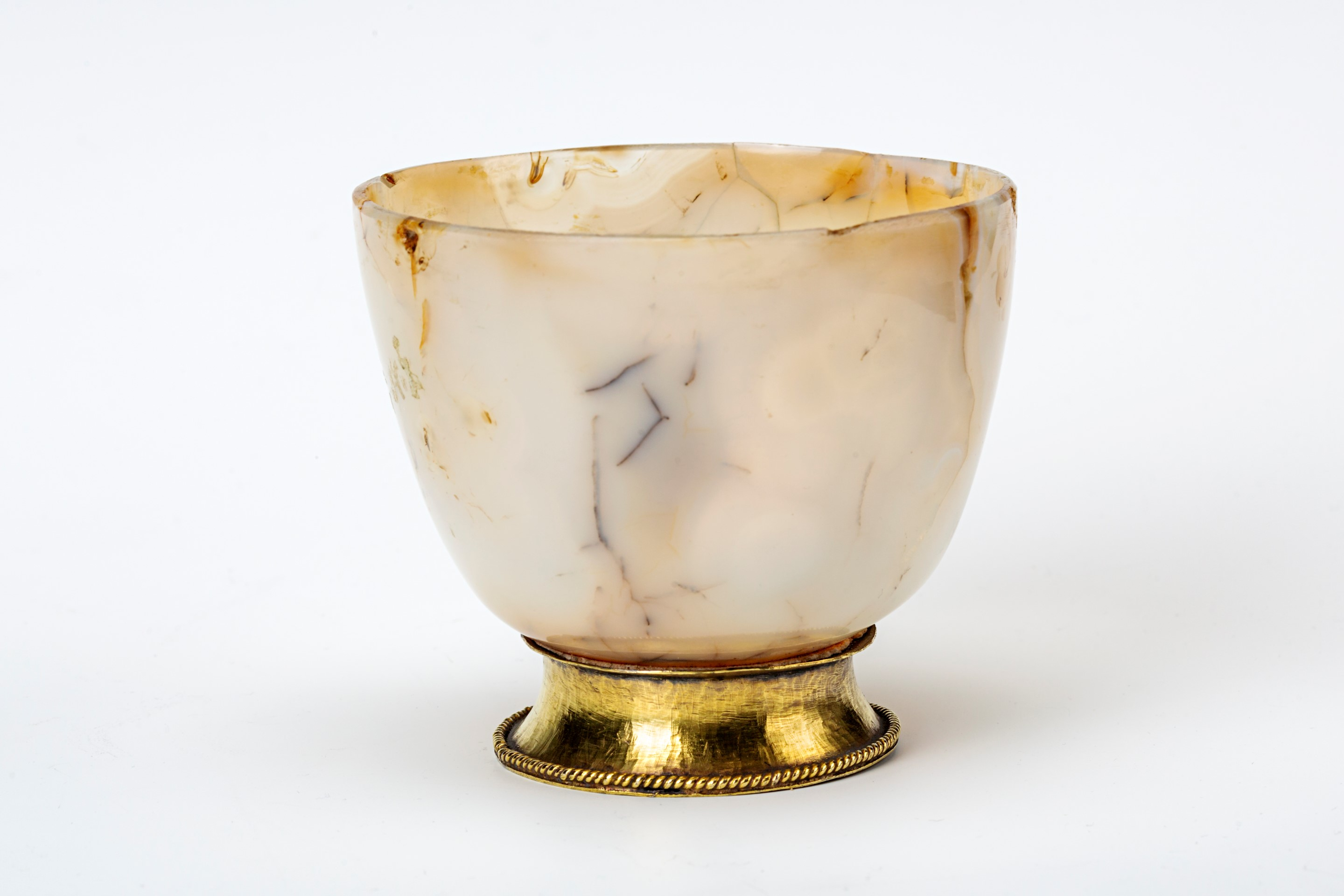 A silver-gilt mounted agate bowl, early 17th Century.